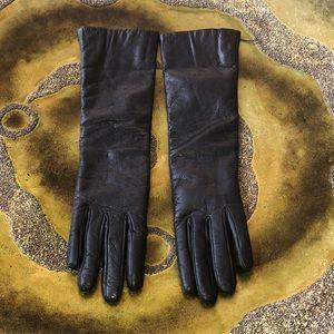 Stunning long Black Leather Gloves.